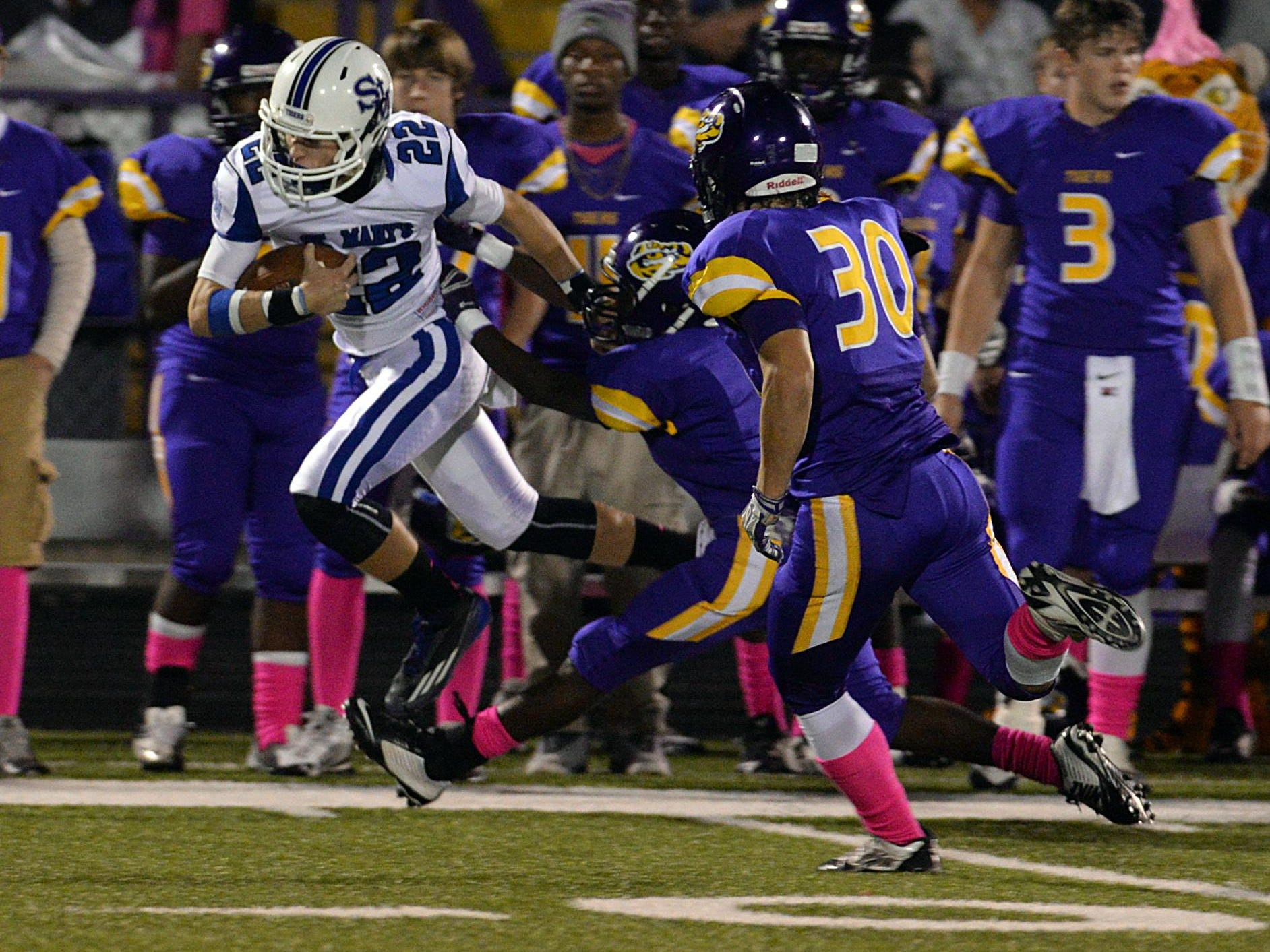 St. Mary's receiver Ryan Cunningham and the Tigers play for a state championship on Friday.