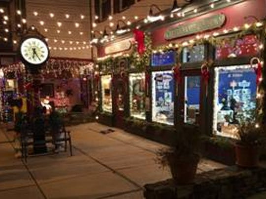 Flemington's Thursday Night Holiday Lights will be held from 6 to 8 p.m. Dec.7, 14 and 21 on historic Flemington's Main Street, Mine Street, Stangl Road and Turntable Junction.