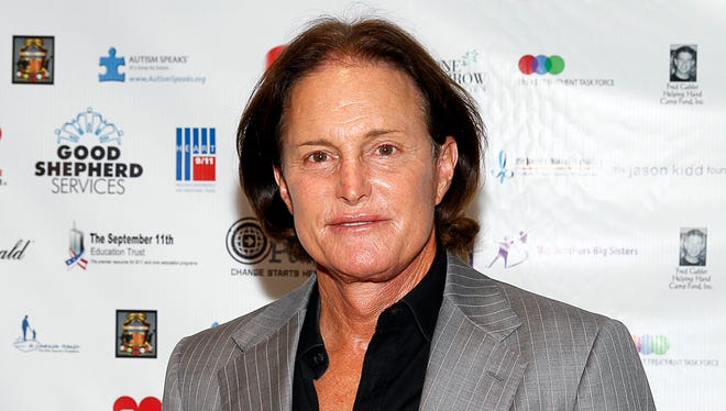 Bruce Jenner is pushing back against a lawsuit stemming from his February car crash.