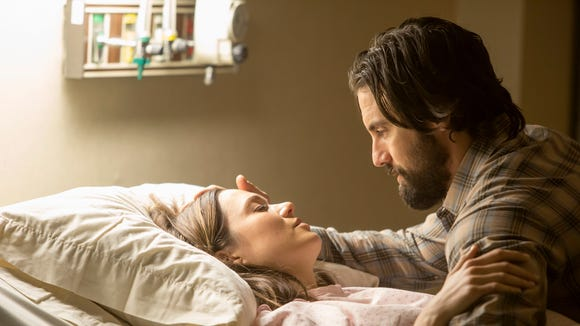 Mandy Moore as Rebecca and Milo Ventimiglia as Jack