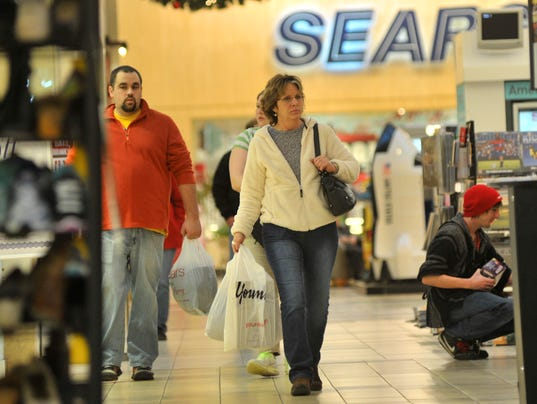 635832675116621561-Shoppers