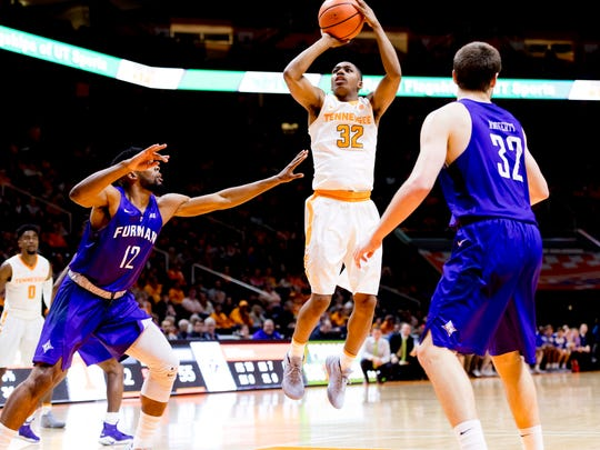 Tennessee guard Chris Darrington (32) shoots during