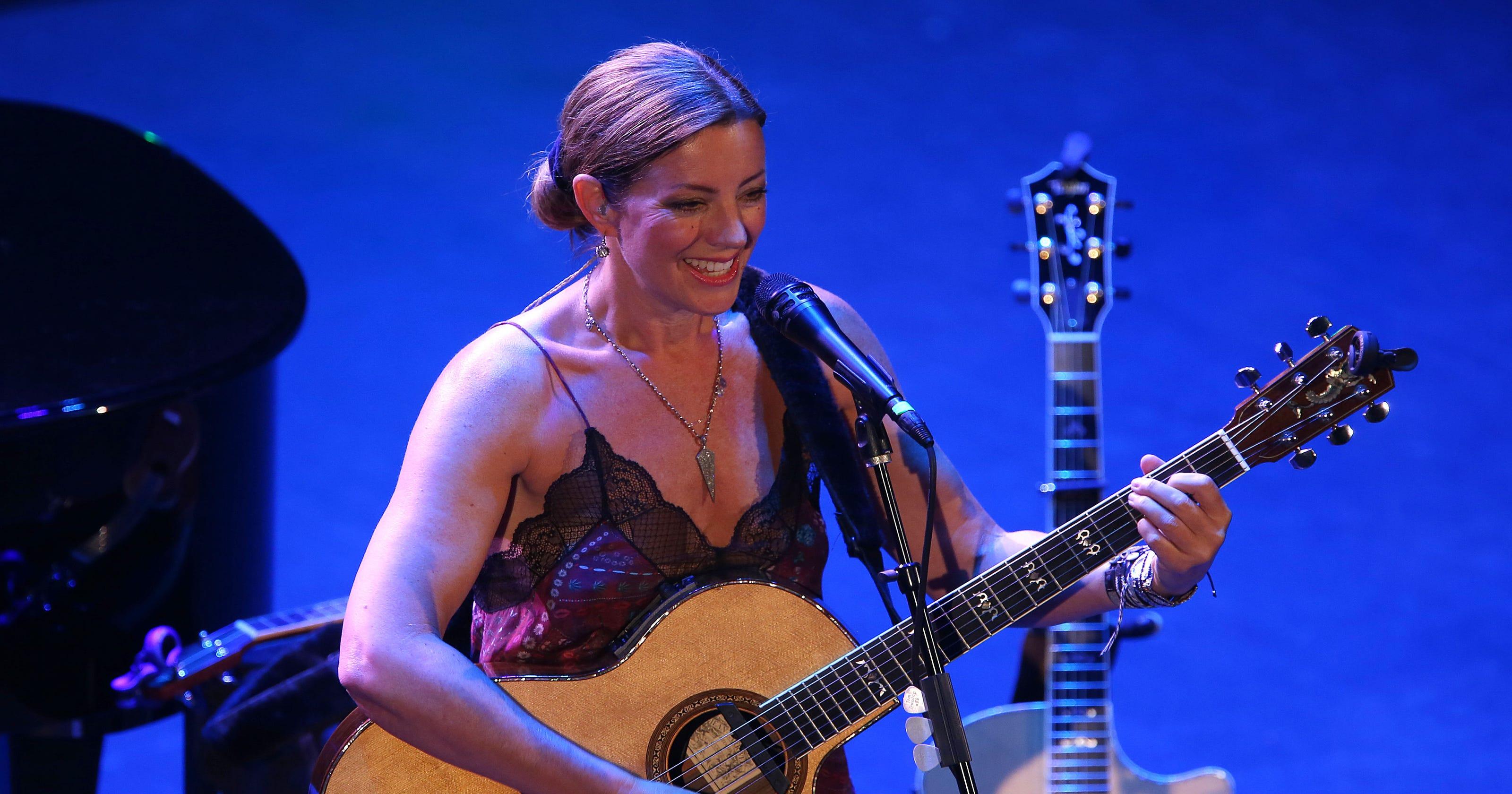 sarah mclachlan concert photos from asbury park mary s place benefit