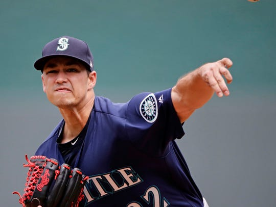 Seattle Mariners starting pitcher Marco Gonzales throws
