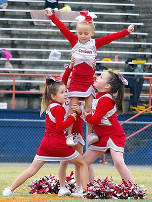 Burns Peewees - Tri-County Junior Pro cheer competition at DCHS, Oct. 24.