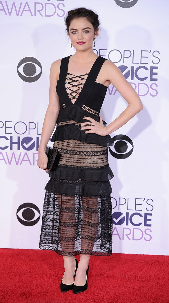 Lucy Hale arrives at the 2016 People's Choice Awards.