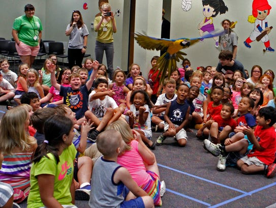 Mango the Macaw captured everyone's attention Tuesday