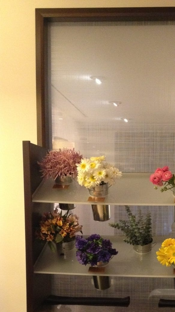 Hotel Room Types: Hotels Let Guests Customize Rooms With Flowers, More