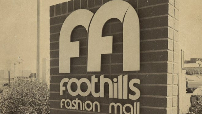 An early Foothills Fashion Mall sign.