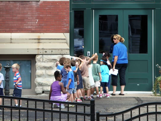Students prepare to re-enter Hyde Park Elementary School