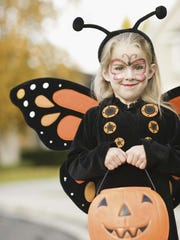 10/28: Costume Day at Butterfly Wonderland - Celebrate