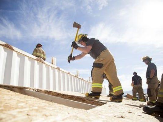 636523167076426409-636519834319606316-STG-0121-Firefighter-Training-28.JPG