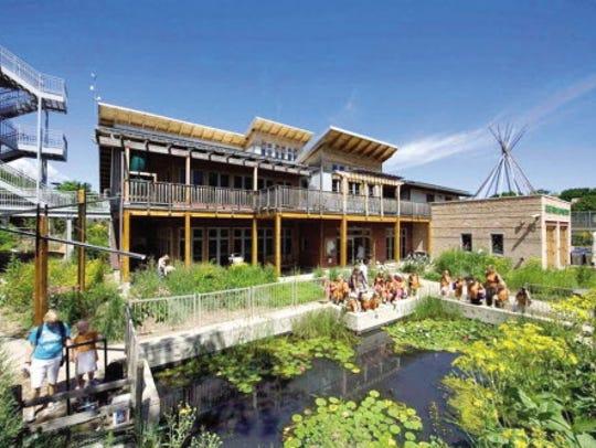 The Urban Ecology Center hosts a free open jam as part