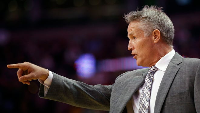 Sixers' coach Brett Brown, shown here in a game against the Celtics last year, will host a free coaches clinic on Oct. 18.