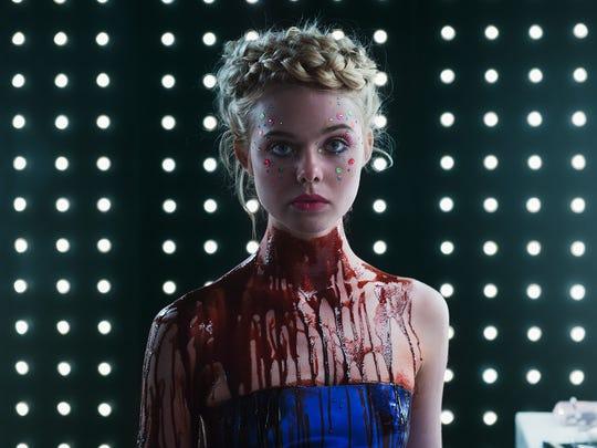"In ""The Neon Demon,"" Elle Fanning plays Jesse, a runaway"