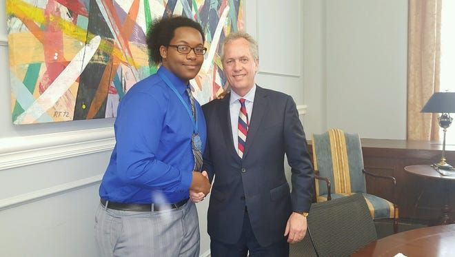 Mayor Greg Fischer and Taquan Spencer-Smith