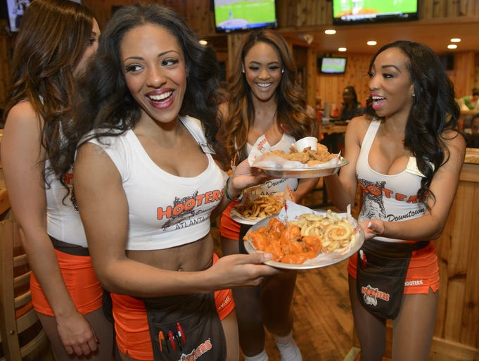It was 30 years ago this Friday when the first Hooters restaurant opened in Clearwater, Fla. USA TODAY asked co-founder Ed Droste the company's top 10 most embarrassing moments:
