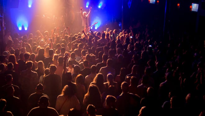 Pepper headlines a sold out show at Vinyl Music Hall Wednesday night.