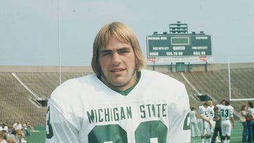 See who Kirk Gibson will join in Michigan State football's 'Ring of Fame'