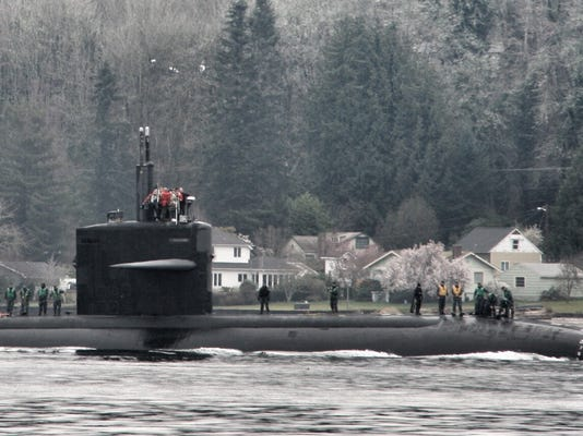 The USS Bremerton arrives in Sinclair Inlet.