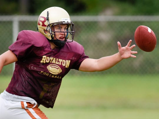 Royalton fullback Riley Smieja reaches for a pass during