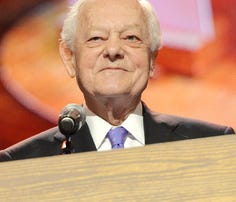 Bowtie Ball honors journalist Bob Schieffer