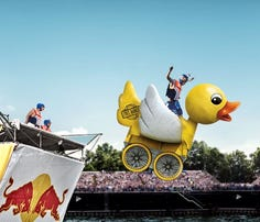 Crazy flying machines at Red Bull Flugtag