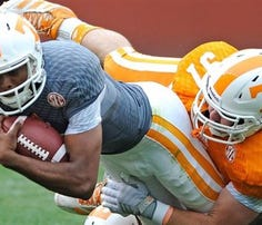 Tennessee freshman quarterback/athlete Jauan Jennings.