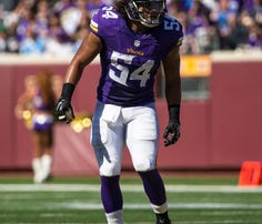 Sep 27, 2015; Minneapolis, MN, USA; Minnesota Vikings linebacker Eric Kendricks (54) against the San Diego Chargers at TCF Bank Stadium. The Vikings defeated the Chargers 31-14.