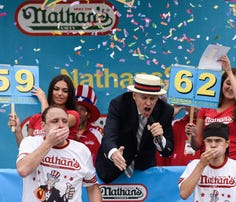 PHOTOS: 2015 Nathan's Hot Dog Eating Contest