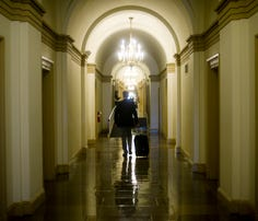Military veterans who hope to work on Capitol Hill can look for guidance in a group's guide.