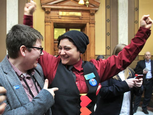 Same-sex marriage ban stalls in Indiana