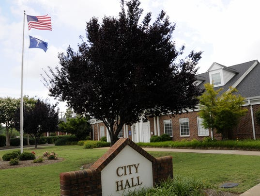 636338315827981672-Simpsonville-City-Hall.jpg
