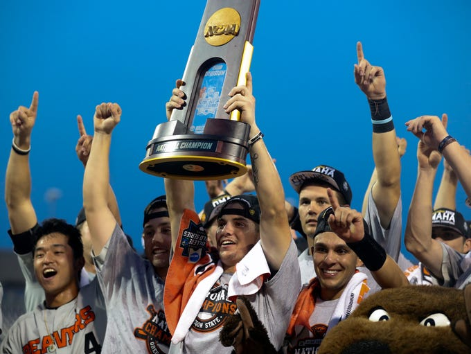 Oregon State celebrates after beating Arkansas to win