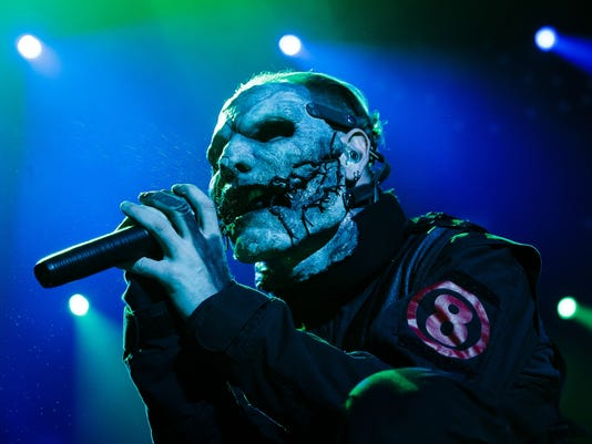 636060371885053915-20160805-bp-slipknot-39.jpg