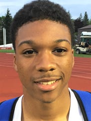 Salem's Sharriff Dyer broke his own record in the 300