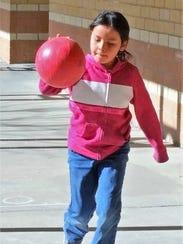 Randle Chimal bouncing a ball to 100.