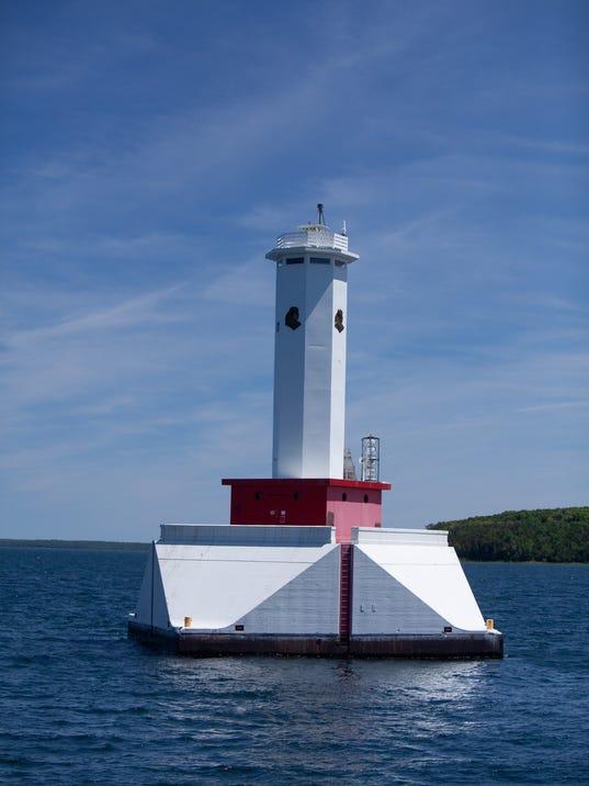 Passage Lighthouse, Mackinac Island.jpg