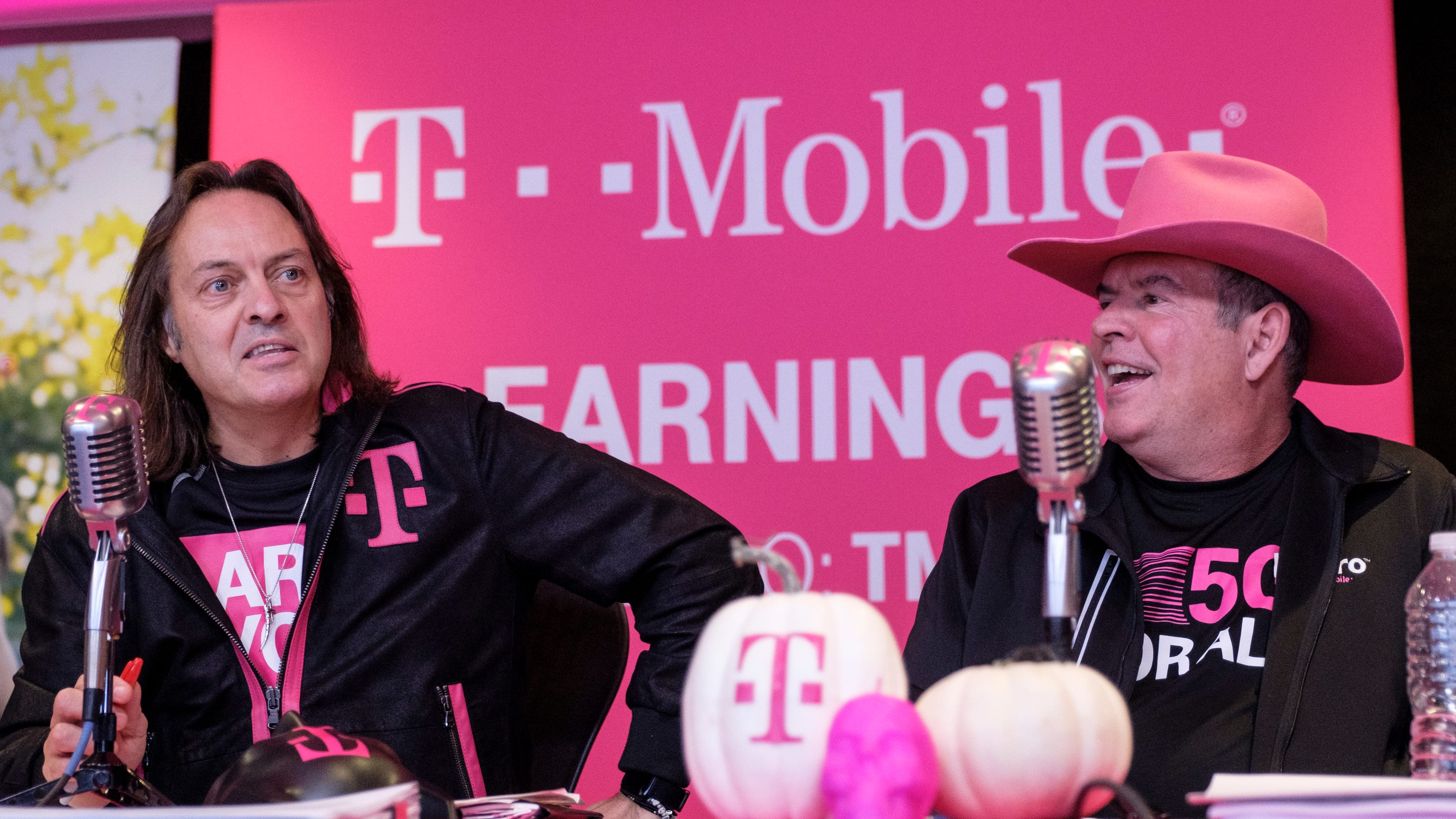 T Mobile Offers Half Off Discounts For Firefighters Ems Local Police