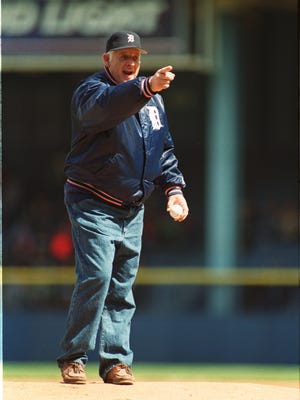 Former Tigers pitcher Mickey Lolich stands on the mound at Tiger Stadium to throw out the season's first pitch April 7, 1998.