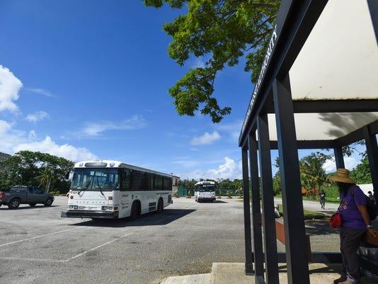636108897189328934-bus-01.jpg