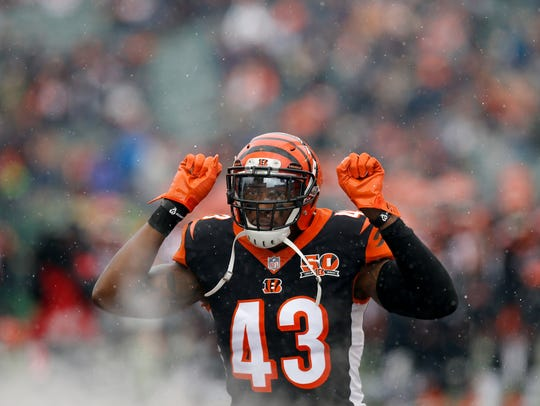 Cincinnati Bengals free safety George Iloka (43) takes