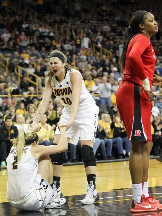 635906374605172525-IOW-0104-Iowa-wbb-vs-Rutgers-21.jpg