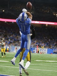 Lions wide receiver Marvin Jones Jr. misses a touchdown
