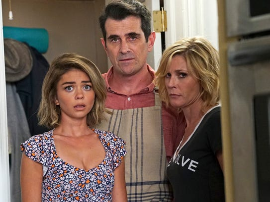 Sarah Hyland, Ty Burrell and Julie Bowen look worried