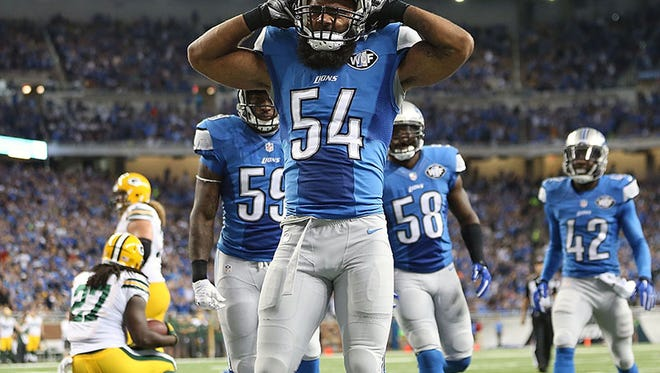 Lions LB DeAndre Levy celebrates the safety during the win over the Packers Sunday at Ford Field.