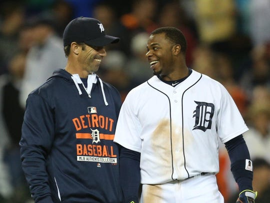 Tigers manager Brad Ausmus and Rajai Davis have not had many moments to smile in a season that will not end in the playoffs.
