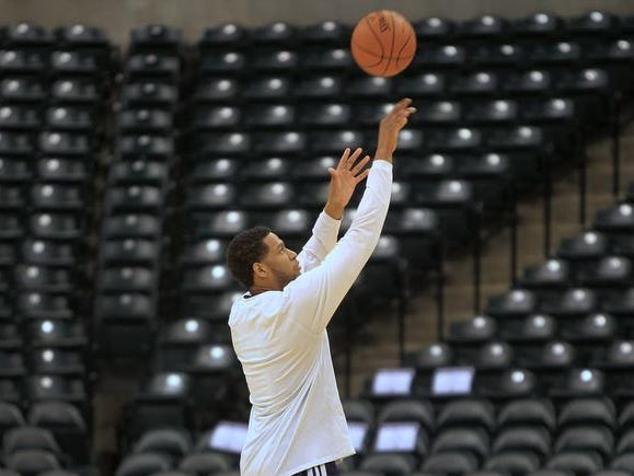 Danny Granger shoots baskets after Pacers' practice at Bankers Life Fieldhouse, Wednesday, November 13, 2013.  He did not practice with the team during official practice.  Kelly Wilkinson / The Star
