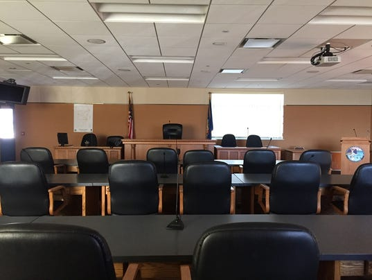 636487740636427420-KEW-1216-County-Board-room.jpg