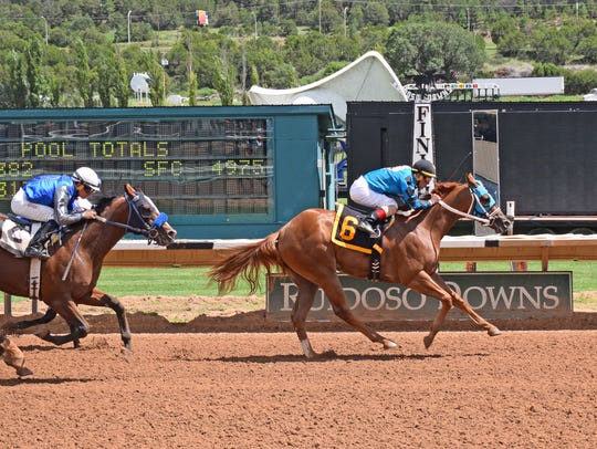 On The Low Down, a $43,000 Ruidoso sale purchase, had